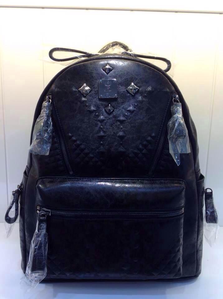 厂价销售 MCM磨砂裂纹款 中号黑色 双肩包背包批发