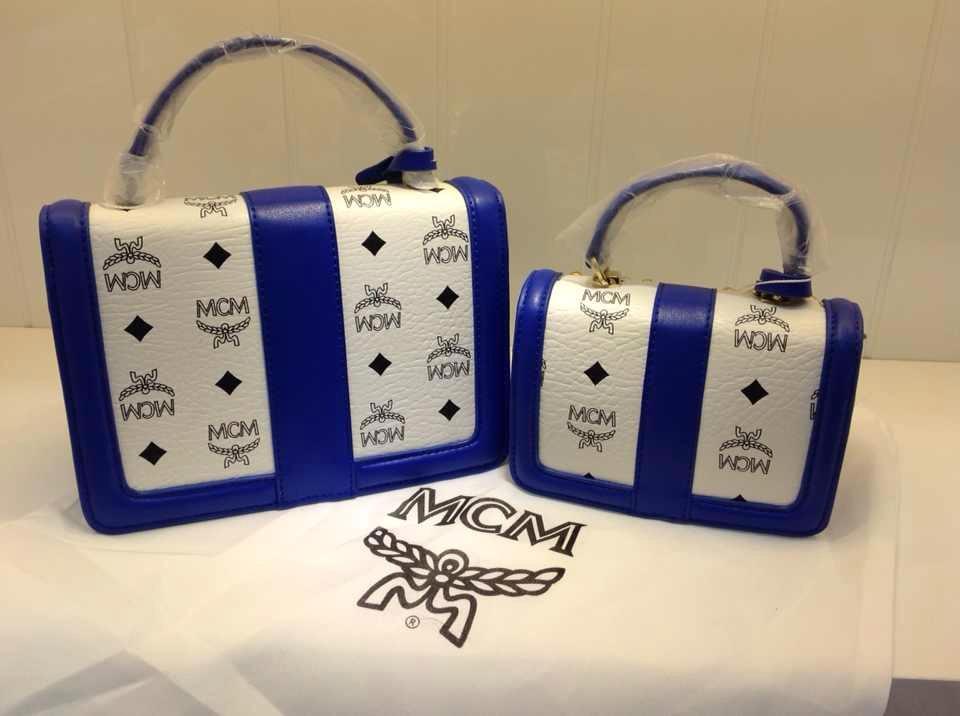 MCM蓝拼白专柜新款 正品代购品质 纯色带标志手袋