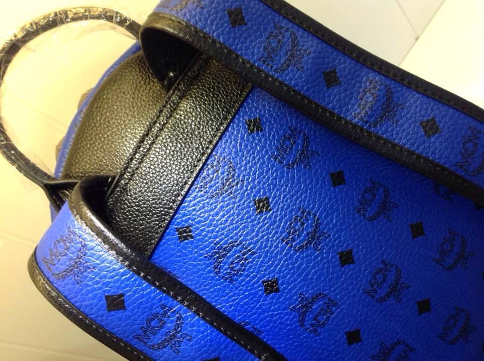 诚招代理 MCM5色系列双肩包 专柜新款 明星同款包
