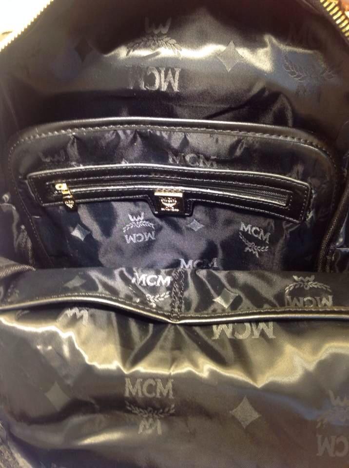 原单质量 MCM中号专柜新款 V字钉2色 双肩包