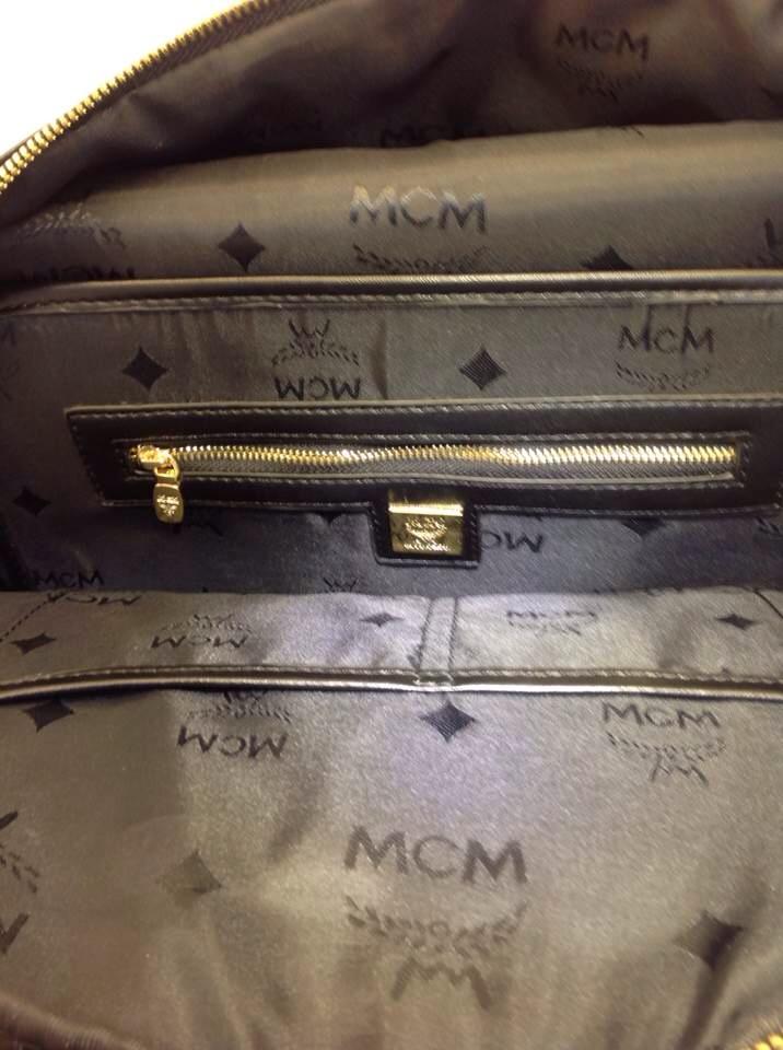 MCM小M双肩包 经典款背包 小M标志