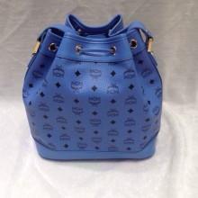 MCM无钉水桶包 纯色带LOGO单肩包 时尚简单