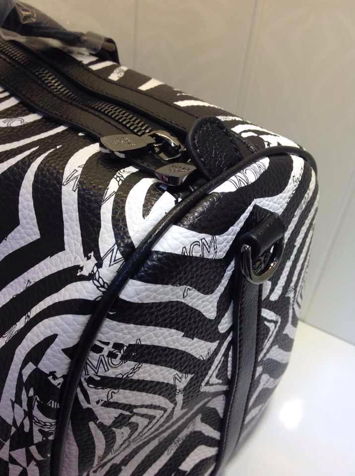 国际热销款 旅游必备 MCM斑马旅行袋 双肩包 原版皮