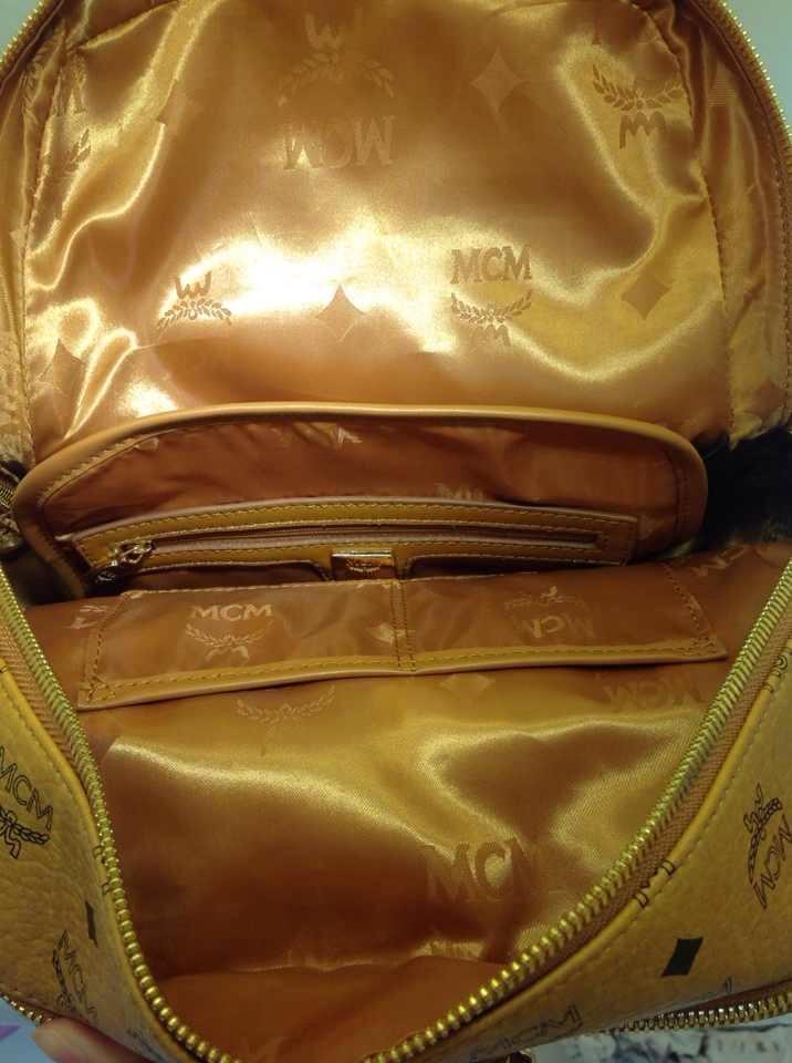 MCM专柜新款双肩包 平板包 土黄色