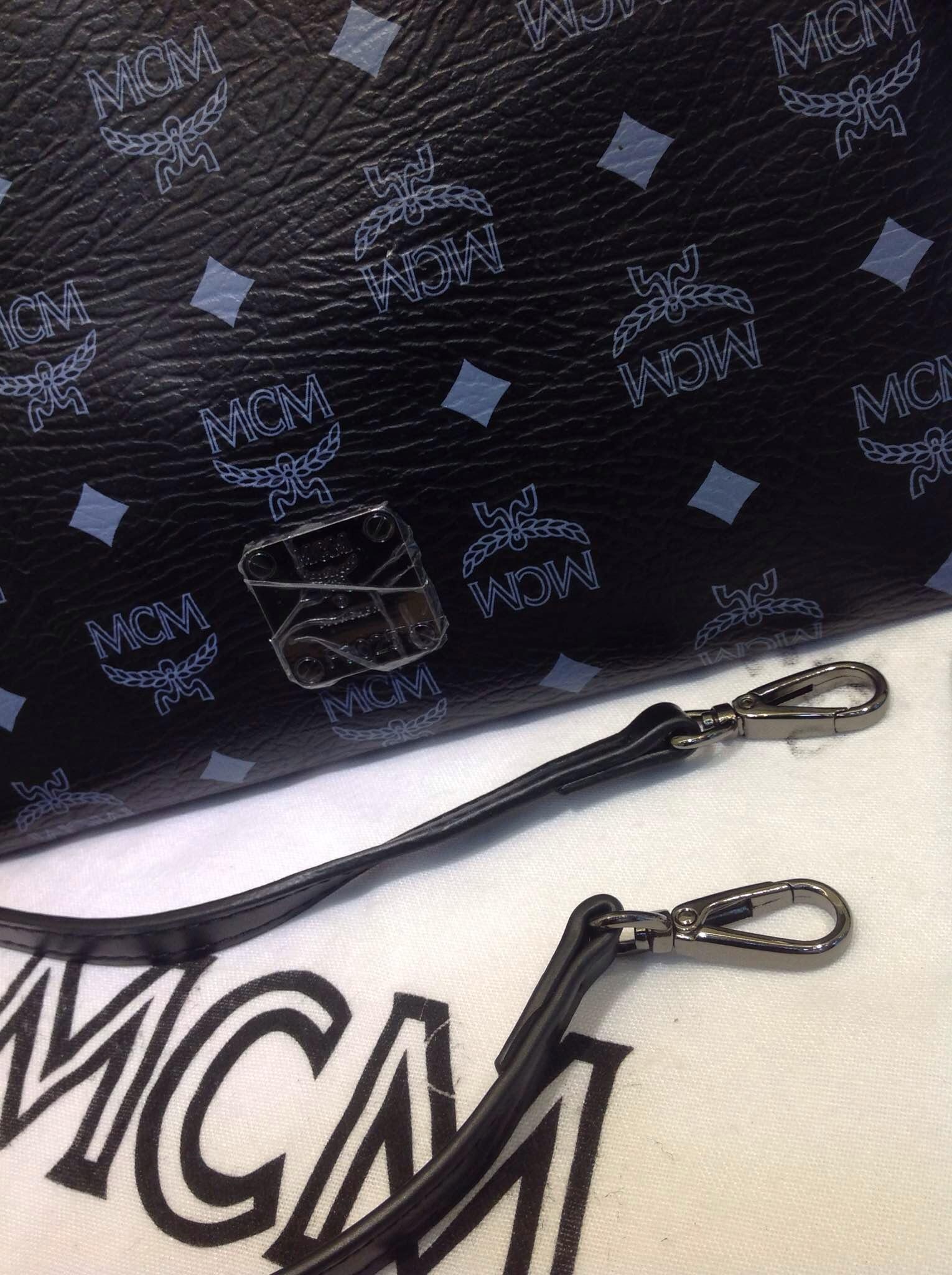专柜质量 MCM顶级限量款手包 原版皮手拿包 媲美正品
