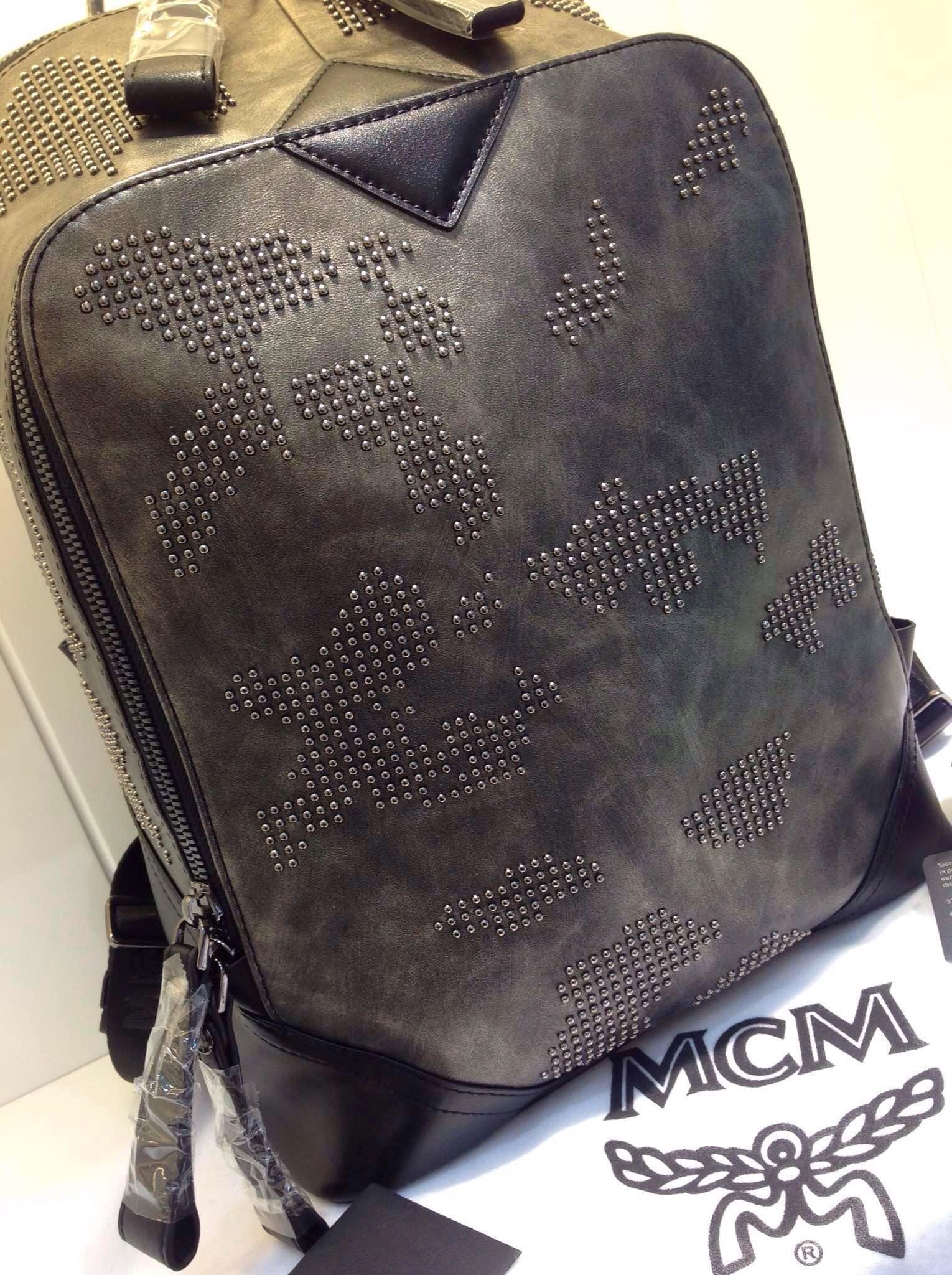 2015年新款 MCM春季新款 小园钉拼图款 中号双肩包