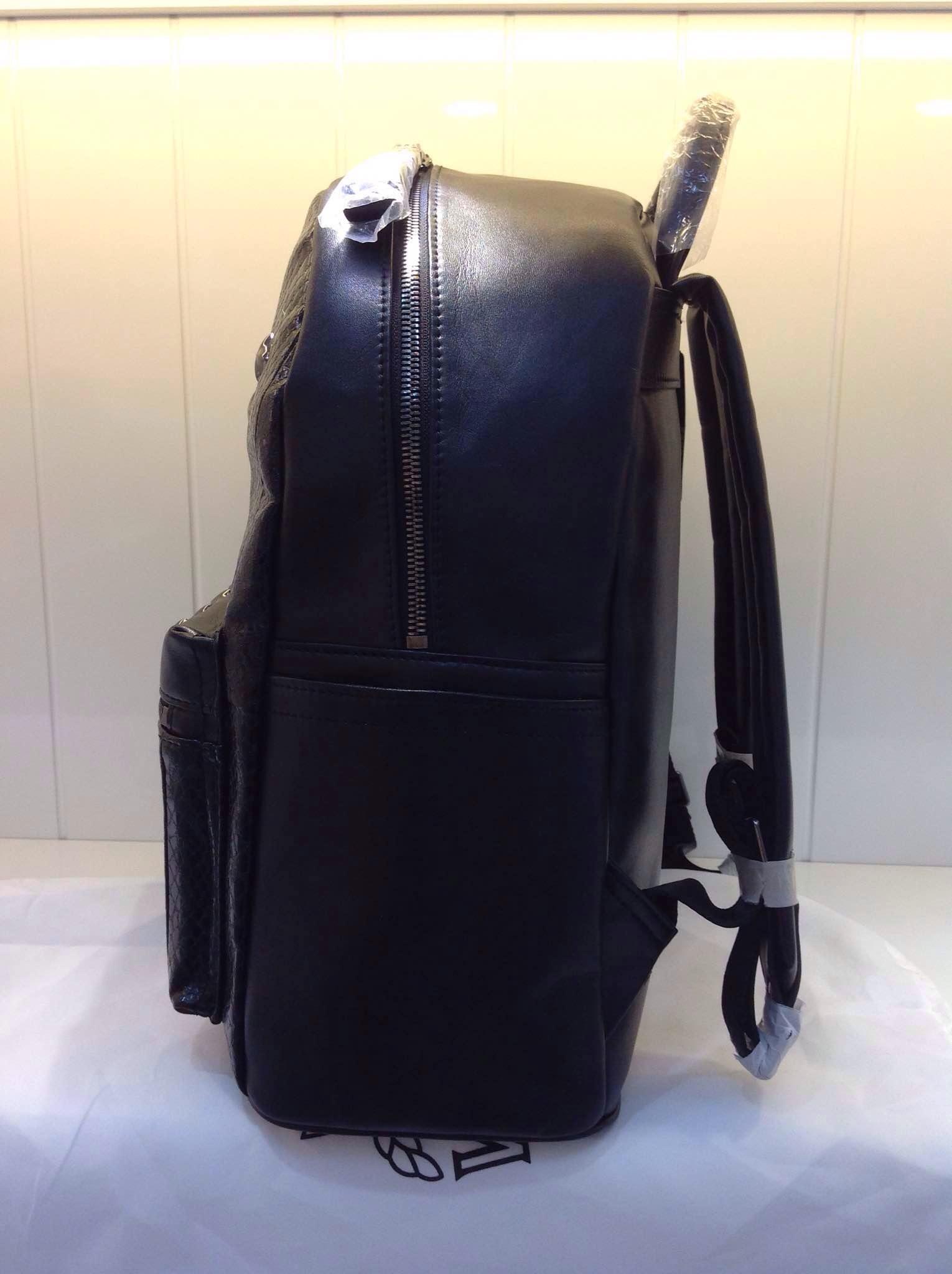 MCM2015新款 蛇纹六钉款 单色 双肩包背包批发
