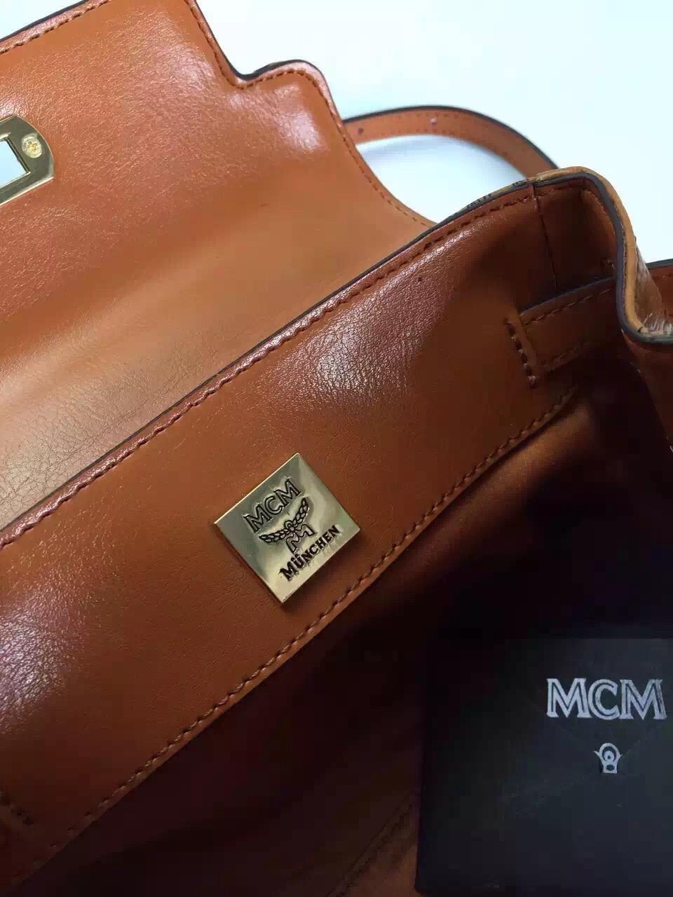 诚招代理 MCM专柜mini Kelly包 纯手工铆钉 一件代发