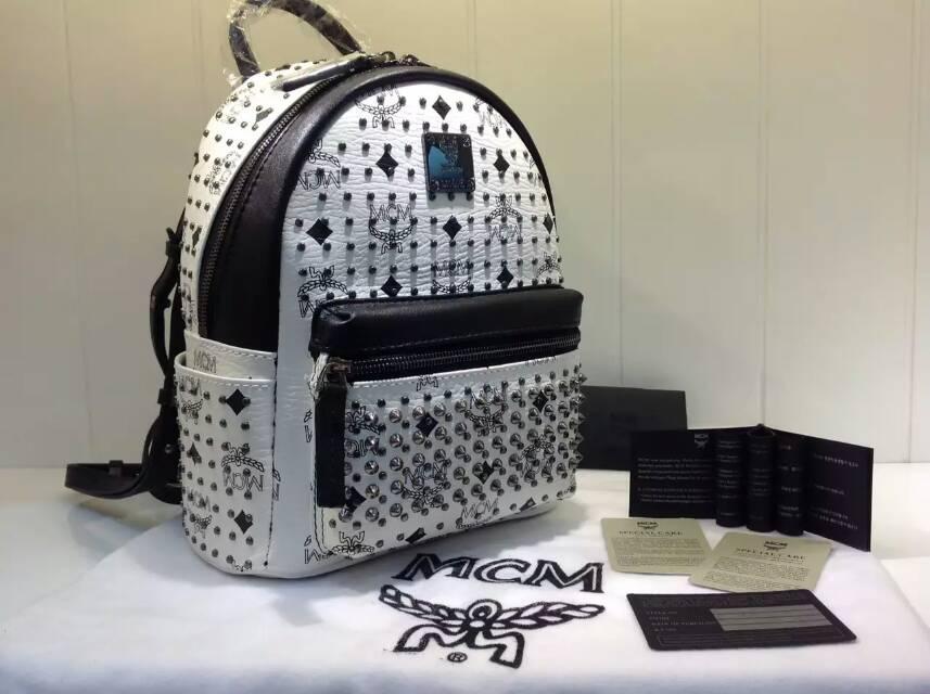 广州MCM包包批发 满钉双肩包背包  白色真皮包包 一件代发