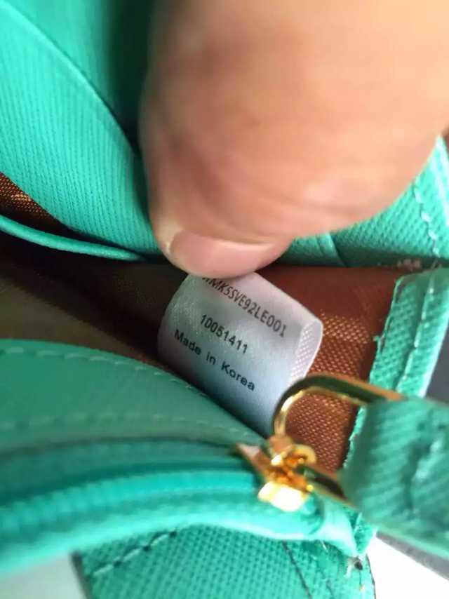 MCM潮人时尚单品  2015专柜主推产品  浅金原单双肩包 高档包包批发
