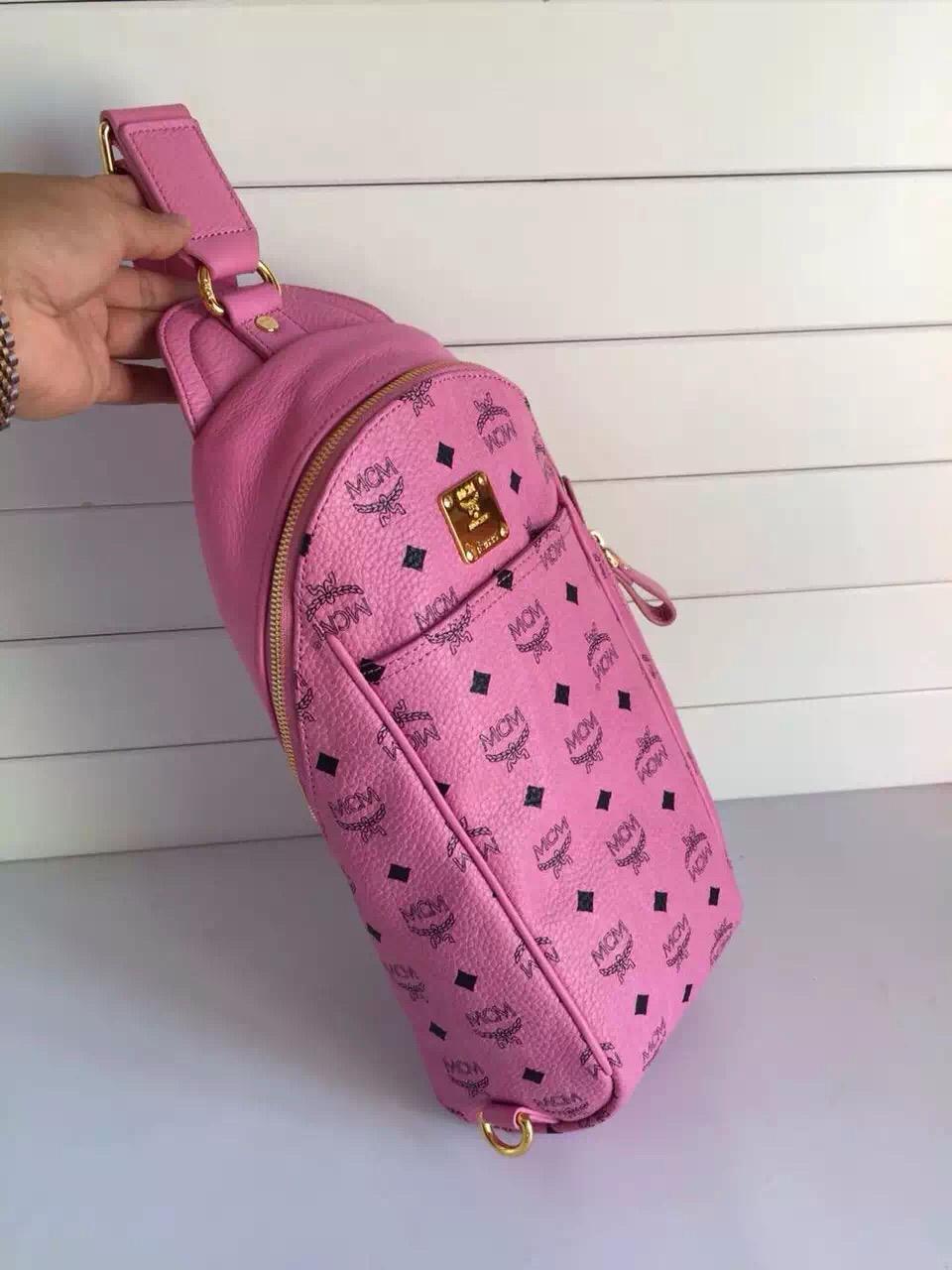 工厂直销 MCM原单 男女通用斜挎背包 女士粉色胸包批发
