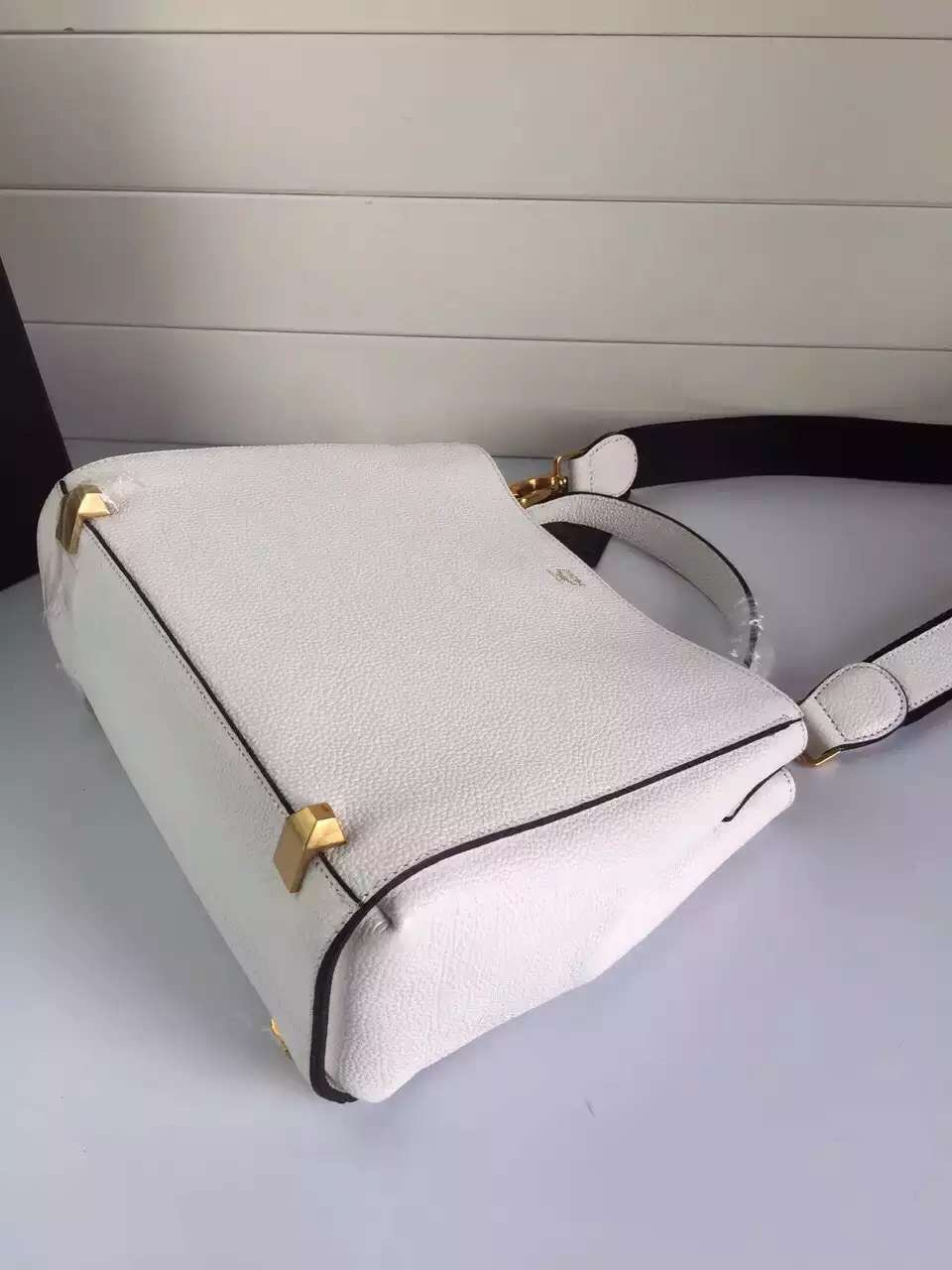 MCM官网 韩国进口牛皮搭配纯棉里布 原单包包批发 一件代发