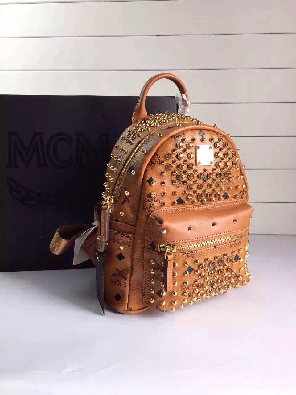 MCM原单 限量版双肩包 纯手工铆钉配水钻 专柜全包装 土黄