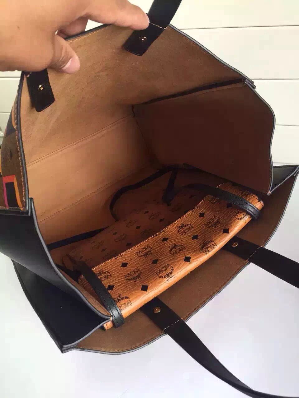 MCM原单 2015专柜最新手提袋 内置小包可单独斜背