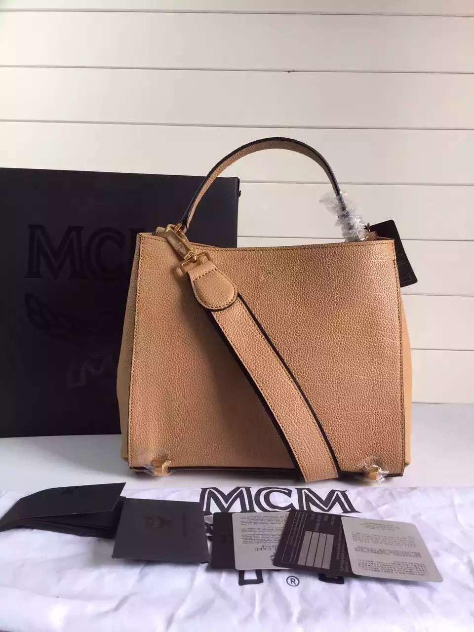 MCM旗舰店特供 进口粒面牛皮 细腻精致 纯棉里布 百搭包包