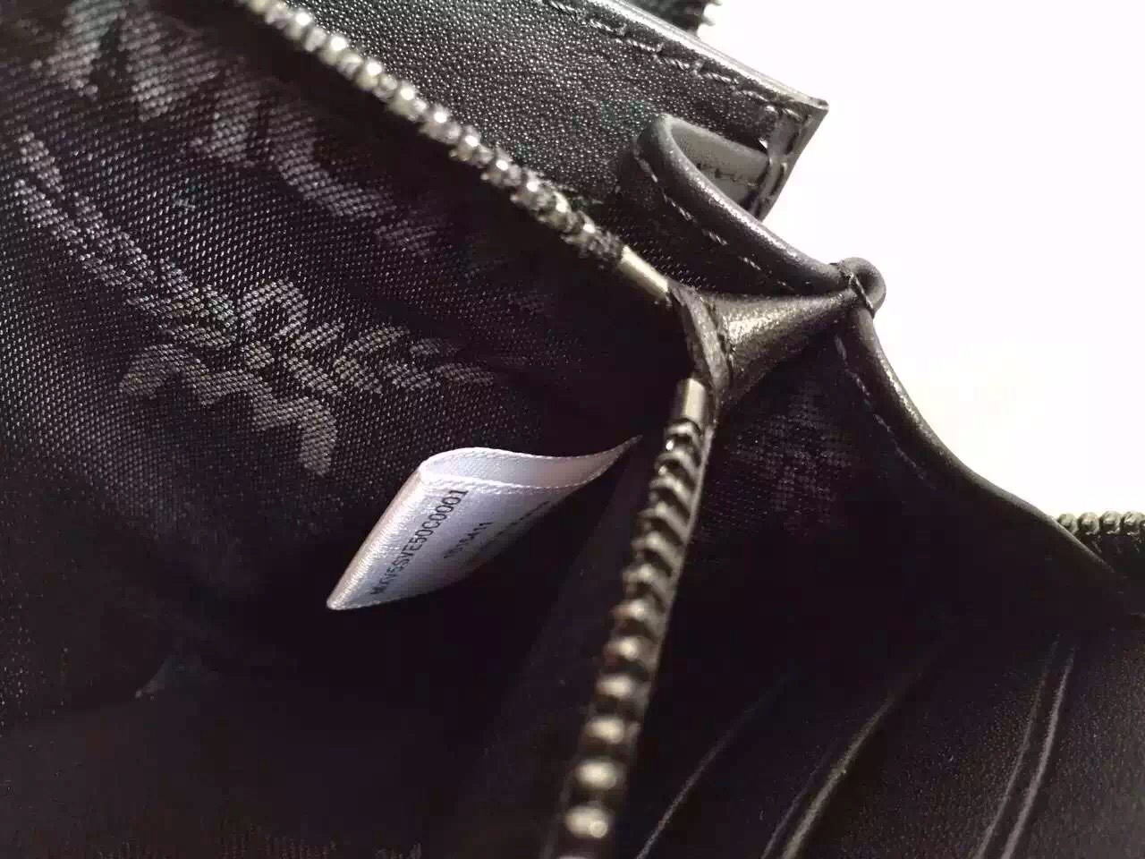MCM原单 厂价直销 长款拉链钱夹手包 水洗蓝