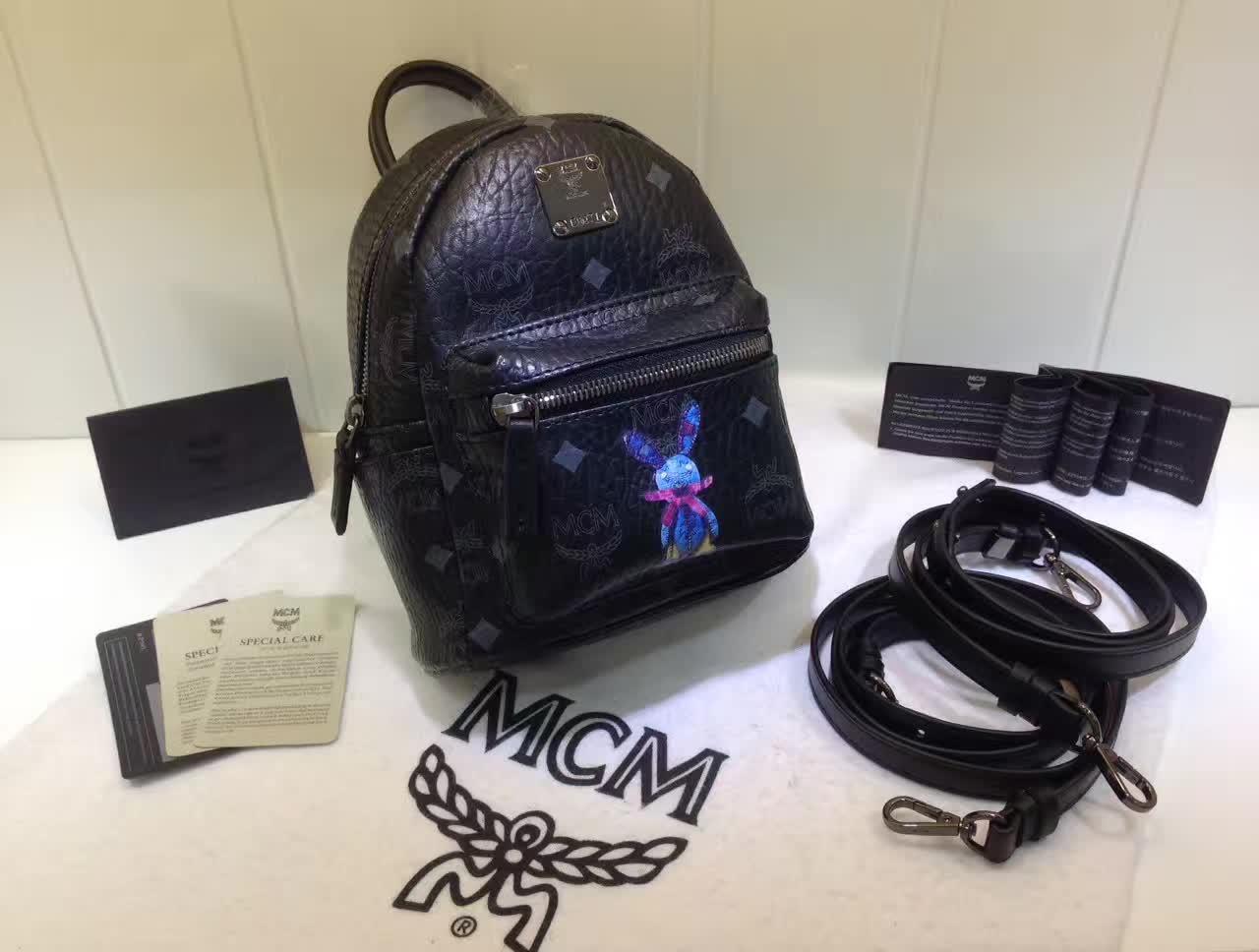 MCM韩国官网 超mini兔子背包 全新皮质纹理 内搭厚实耐用帆布 黑色