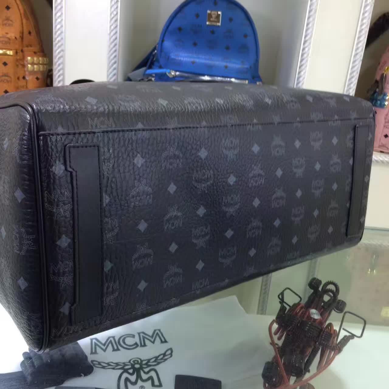 MCM男包 Nomad系列旅行袋 PVC配牛皮内里猪皮 铜牌独立编码 黑色