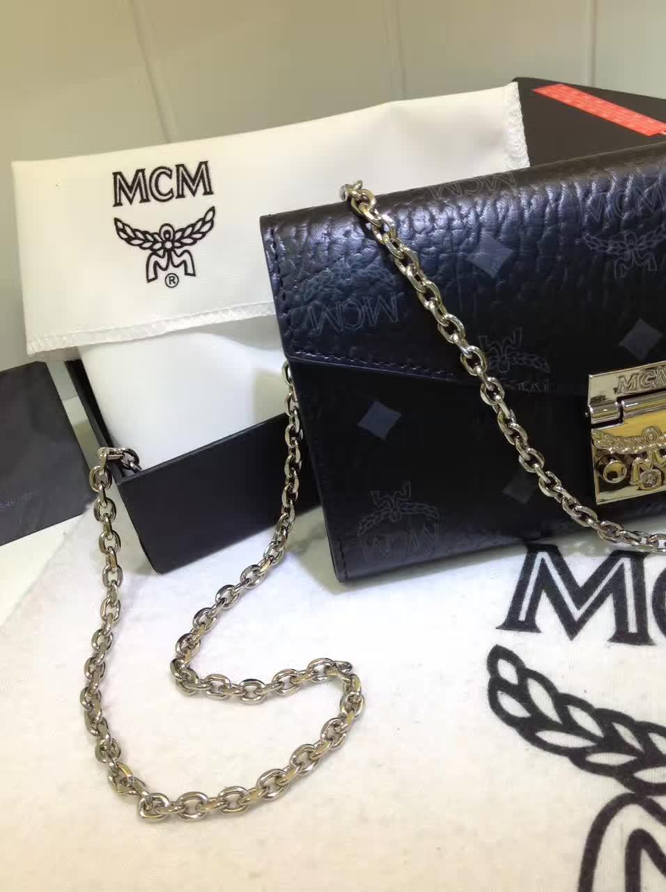 专柜同步 MCM小肩包 百搭单品 实用多隔层 黑色