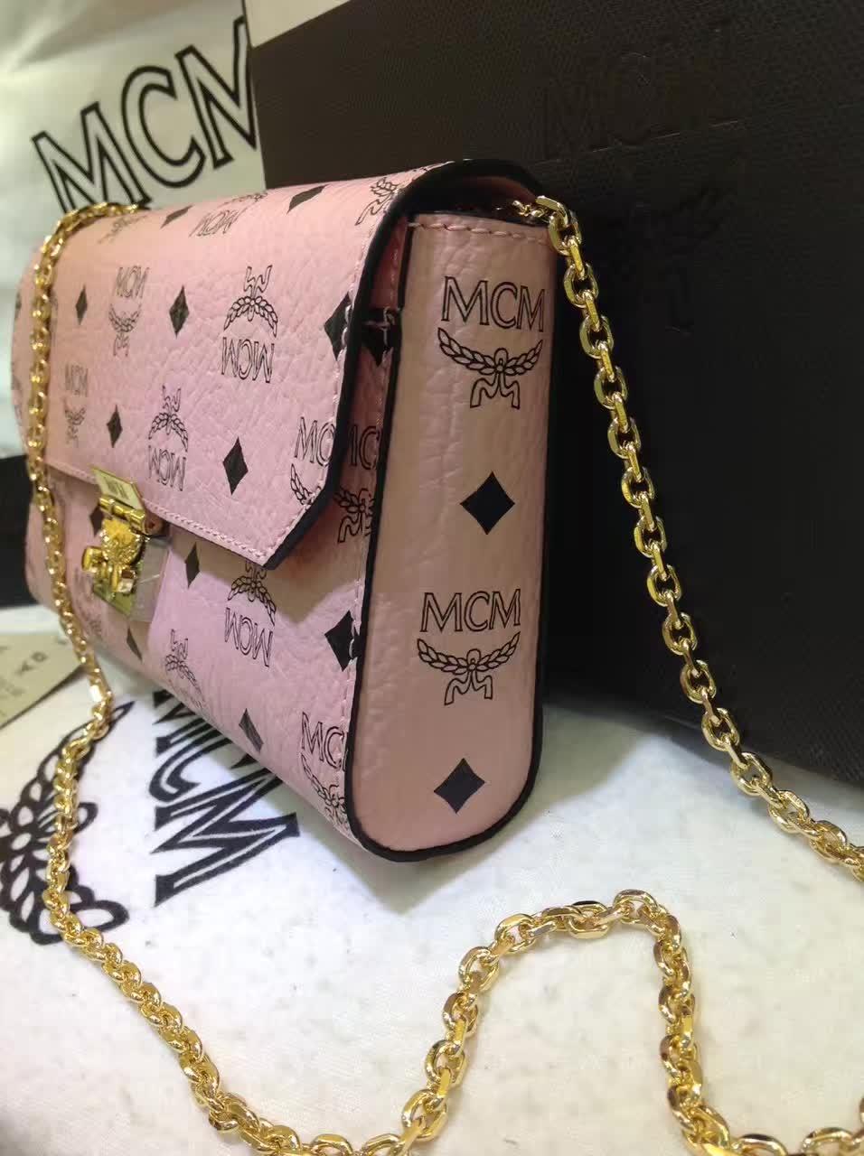 MCM官网同步 Visetos Patricia手袋 简约造型时尚优雅 冰激凌粉