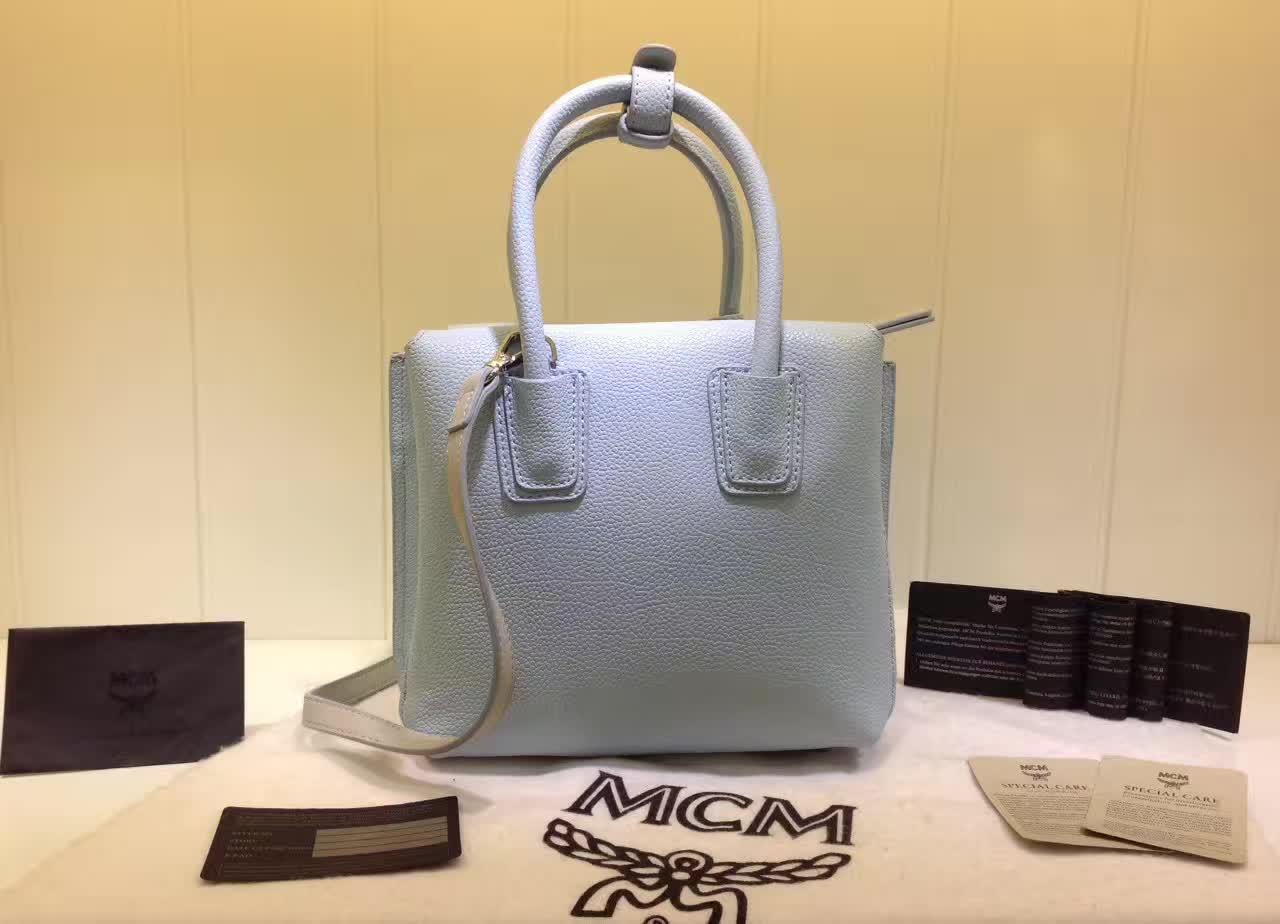 MCM韩国官网 Milla单肩包 原版特殊颗粒牛皮 崭新袋口开合设计 浅蓝色