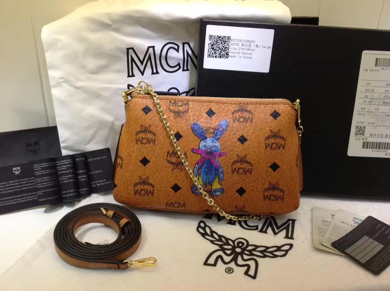 MCM专柜新款 链条斜挎两用包 新纹路PVC配高品质牛皮 绒布内里 土黄