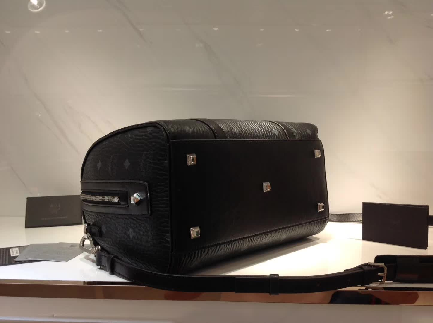 MCM韩国官网 2017款Visetos Original Essential系列波士顿包 全新优质进口PVC材料 黑色