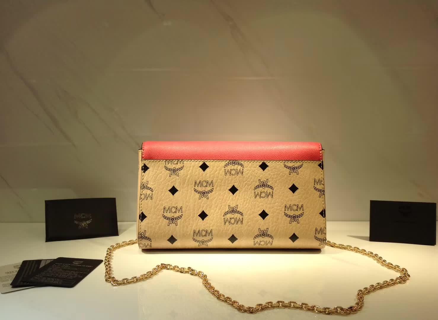 MCM新款 Visetos Patricia手袋斜挎链条包 粗纹进口PVC配原版牛皮 内里细腻绒布 酒红拼米白