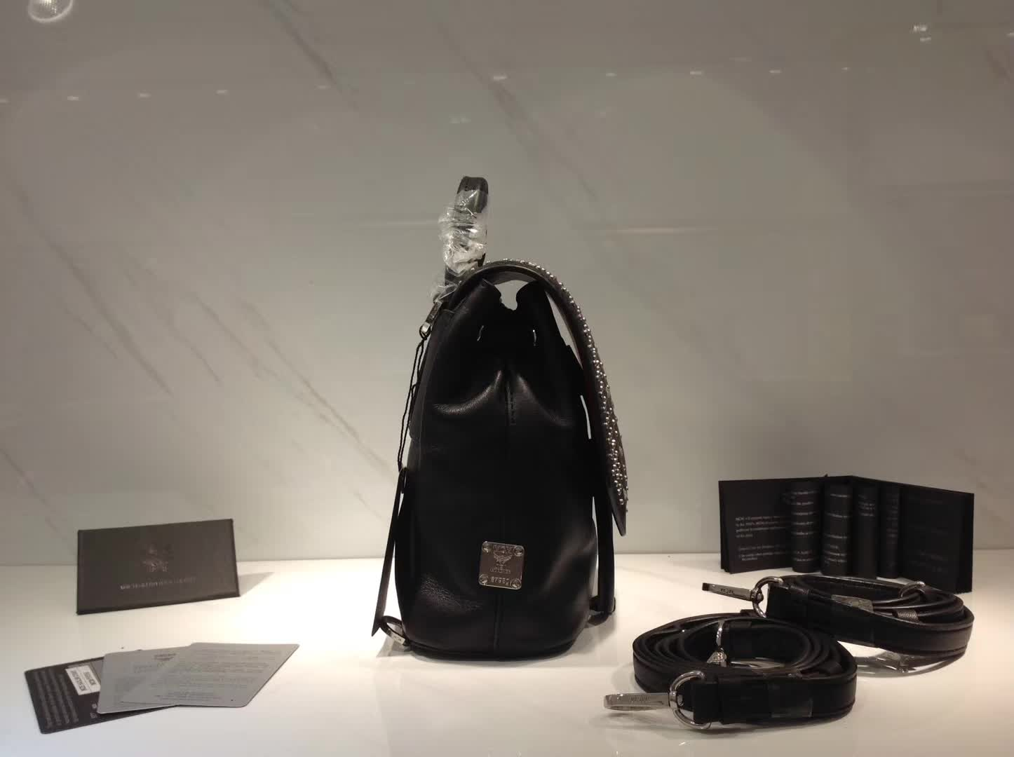广州白云皮具城 MCM原单品质配包装 斜挎双肩全皮包 黑色