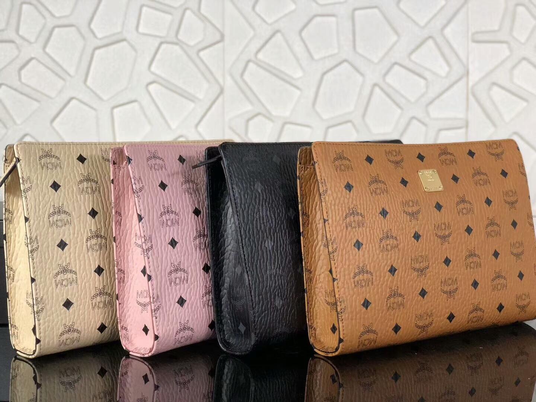 MCM2018年新款 经典LOGO印花拉链手包 原单PVC顶级ykk玉米大牙 无手绳 黑色
