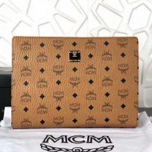 MCM2018年新款 经典LOGO印花拉链手包 原单PVC顶级ykk玉米大牙 无手绳 土黄