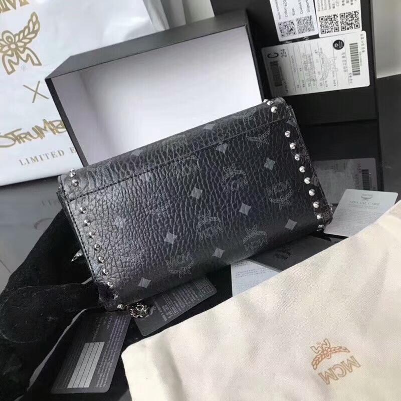 MCM Visetos Patricia系列打钉链条包 优雅自由 造型简约 黑色