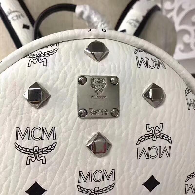 MCM经典款 四钉全新多面体五金 透气肩带全皮内里 纯白