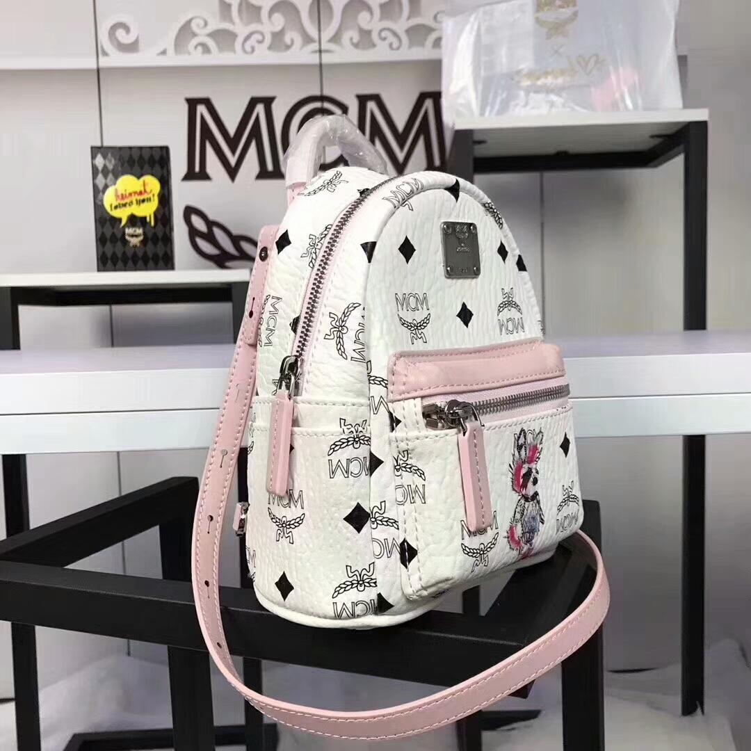 MCM兔子背包超迷你号 全新皮质纹理 内搭厚实耐用粗纹帆布 可斜跨可双肩背 白拼粉