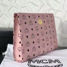 MCM2018年新款 经典LOGO印花拉链手包 原单PVC顶级ykk玉米大牙 无手绳 粉色