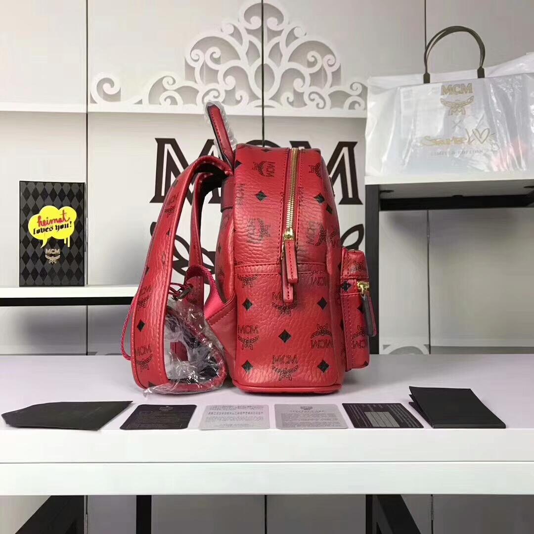 MCM兔子背包迷你号 全新皮质纹理 内搭厚实耐用粗纹帆布 大红