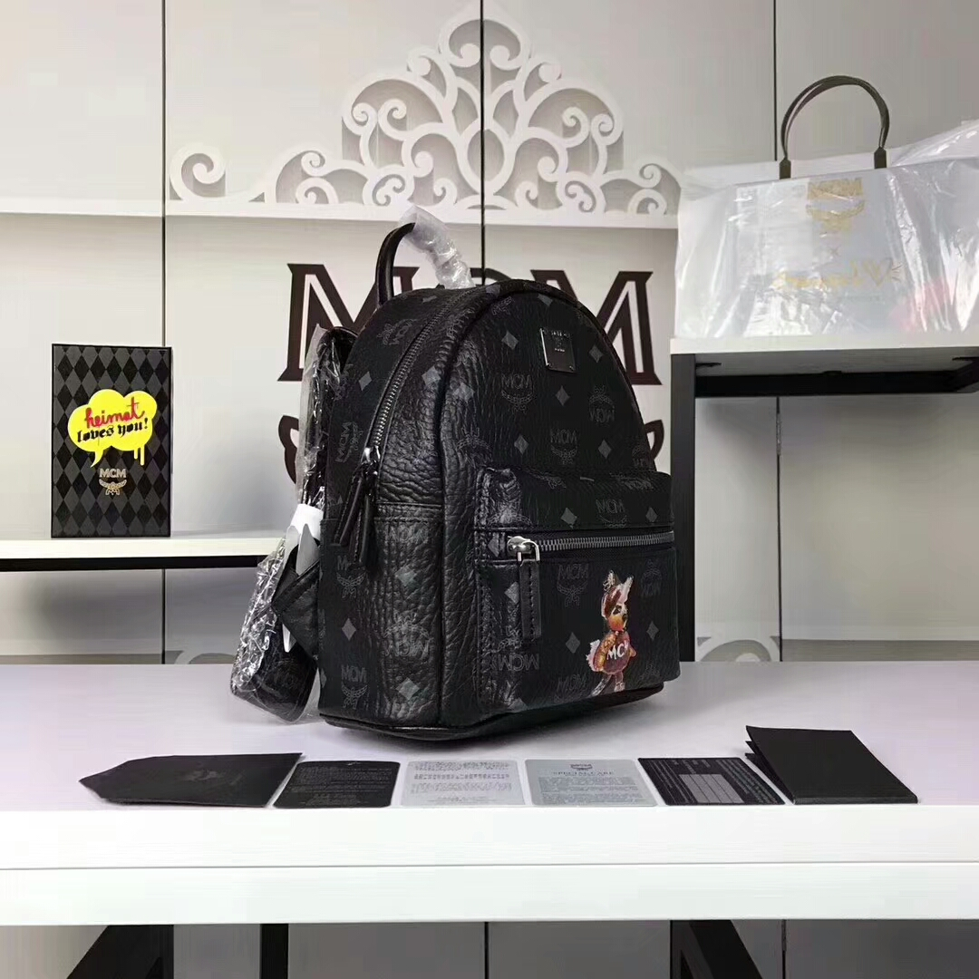 MCM兔子背包迷你号 全新皮质纹理 内搭厚实耐用粗纹帆布 黑色