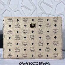 MCM2018年新款 经典LOGO印花拉链手包 原单PVC顶级ykk玉米大牙 无手绳 米白