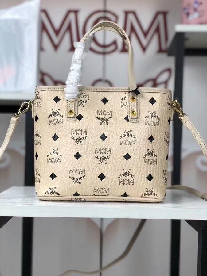 MCM2018新款 Mille幻想兔迷你购物袋 幻想兔图案 ykk拉链 铜牌独立编码 米白