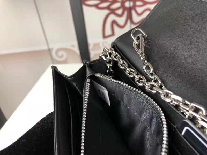 MCM新款 铆钉链条包 可拆卸当钱包 全新PVC皮纹配高品质牛皮 黑色