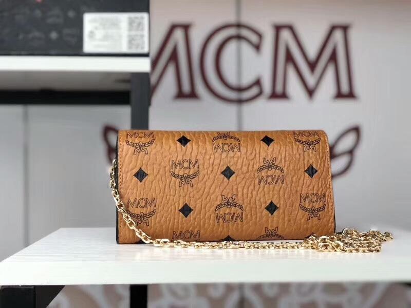 MCM新款 铆钉链条包 可拆卸当钱包 全新PVC皮纹配高品质牛皮 土黄