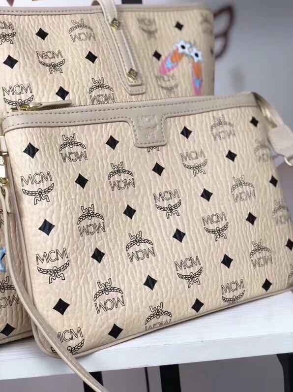 MCM2018新款 Mille幻想兔子母购物袋 颜色多彩的幻想兔图案 ykk拉链 铜牌独立编码 米白