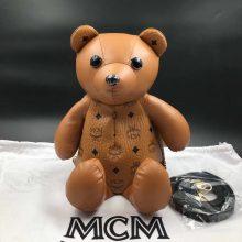 MCM官网同步 Bear Doll熊娃娃系列斜跨双肩背包 优雅好玩 土黄