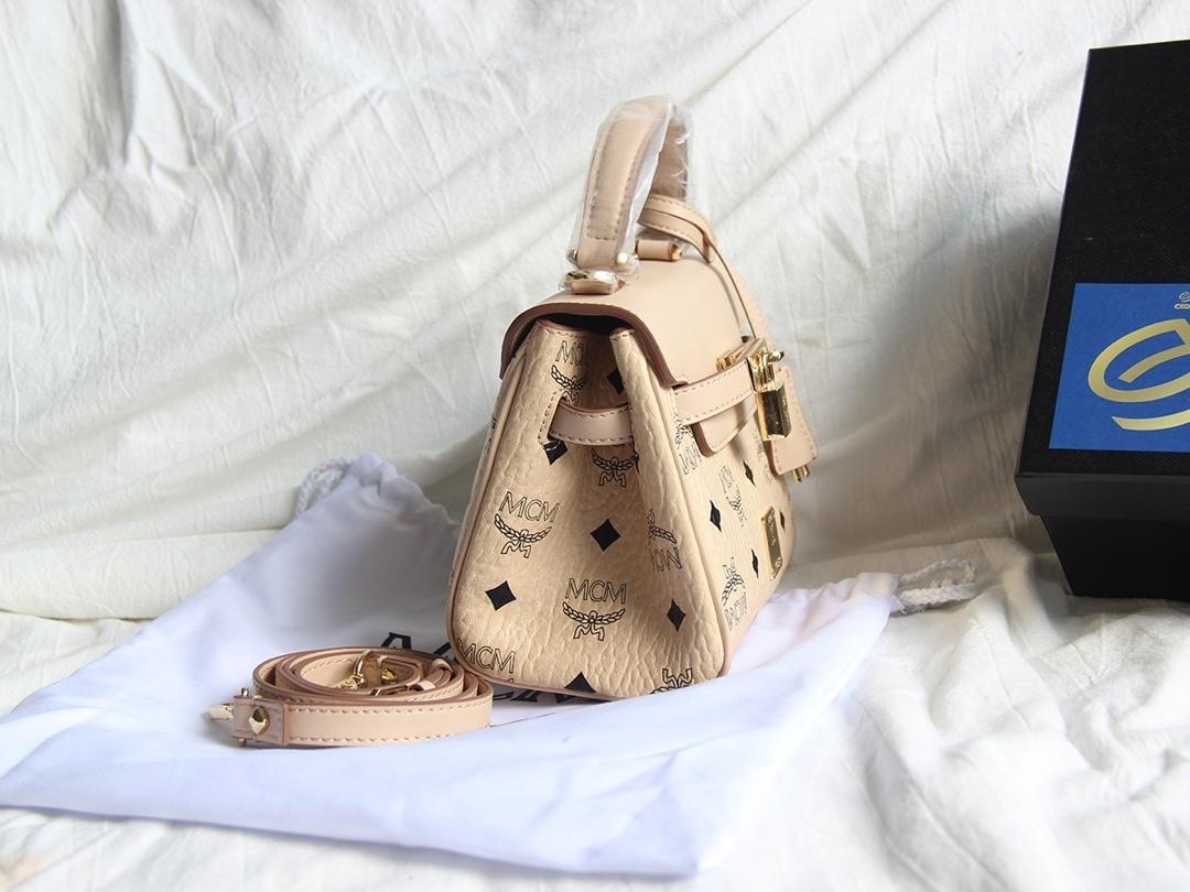 原单MCM 配皮Kelly包 Visetos印花涂层帆布配精致牛皮 时尚永恒 米白
