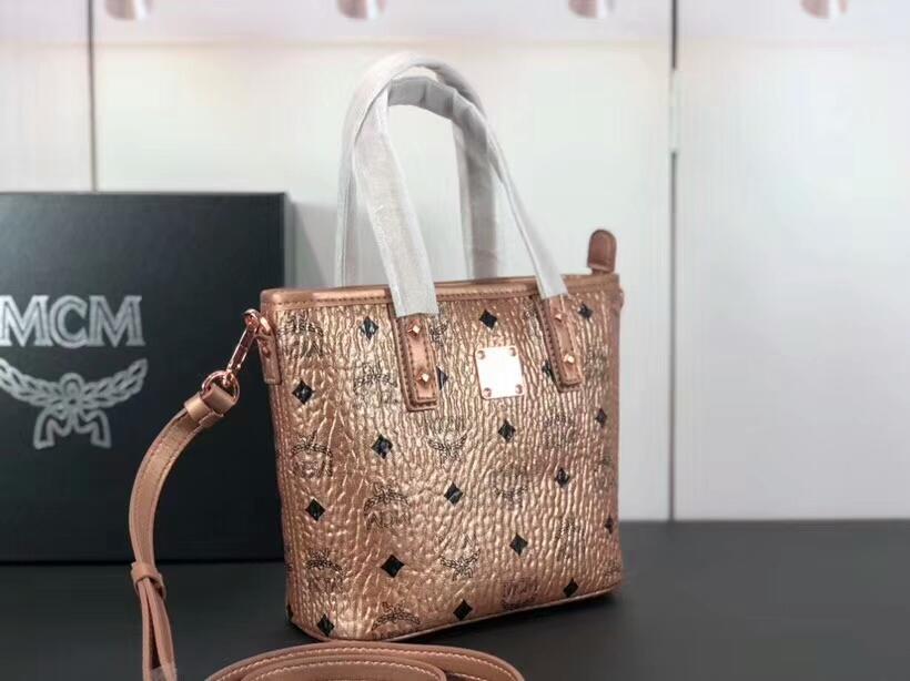 MCM包包批发 ANYA mini购物袋 多变的迷你 旅行的理想选择 香槟金