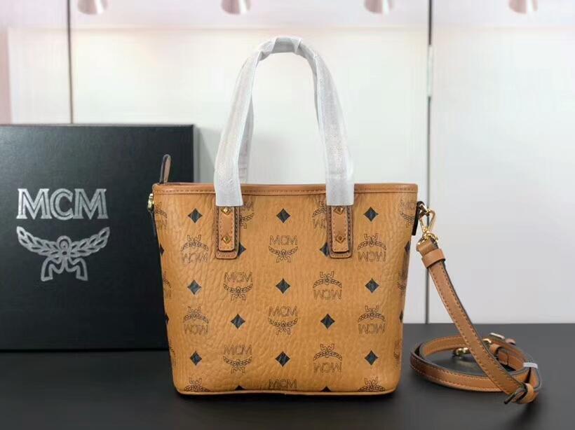MCM包包批发 ANYA mini购物袋 多变的迷你 旅行的理想选择 土黄