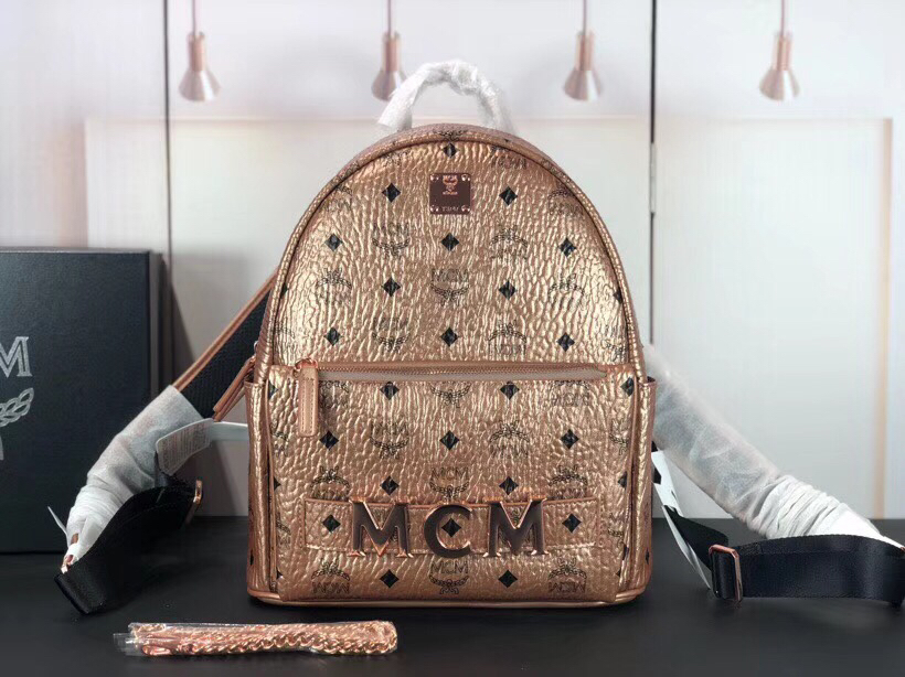 MCM Trilogie Stark Viseto双肩包 彰显传统设计理念 主隔层宽敞 香槟金