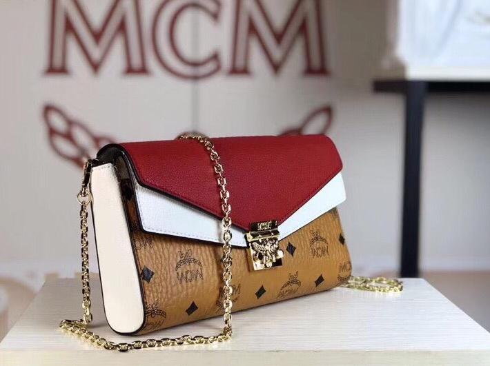 MCM Mille系列双皮盖链条包 翻盖设计 经典Visetos图案材质组合及色块皮革 土黄拼大红