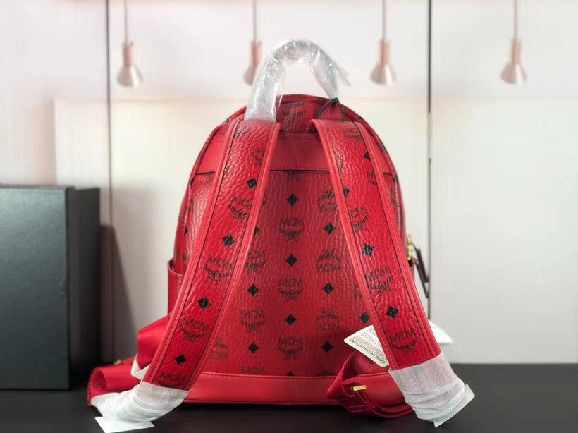 MCM Trilogie Stark Viseto双肩包 彰显传统设计理念 主隔层宽敞 大红
