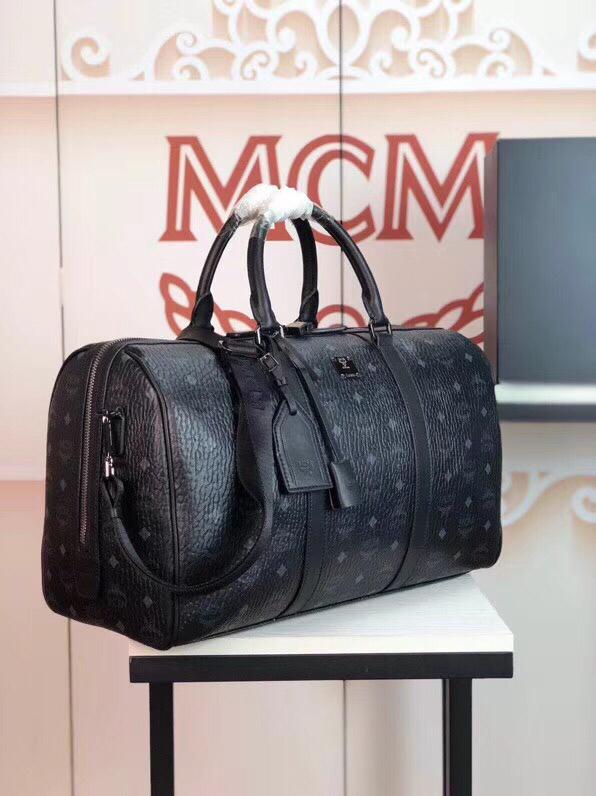 MCM包包批发TravelerVisetos周末旅行包 耐用的Visetos印花涂层帆布与粘合衬里制成 黑色